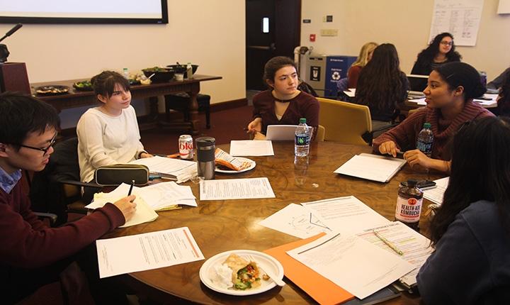 Students collaborating at Summer Grantees Retreat.
