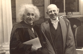 President Aydelotte posing with 1938 commencement speaker Albert Einstein