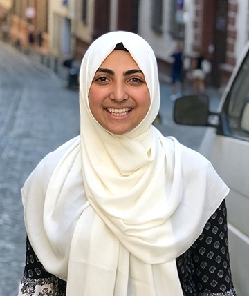 Fatima Boozarjomehri