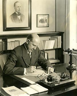 Frank Aydelotte