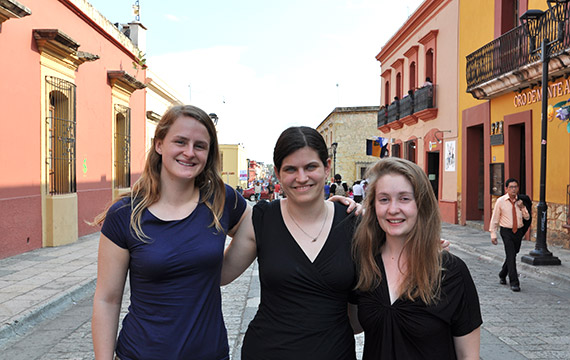 Carolyn Anderson '14 (right) enjoys Oaxaca's sights with Haverford's Anneke Heher '14 and May Plumb '16.