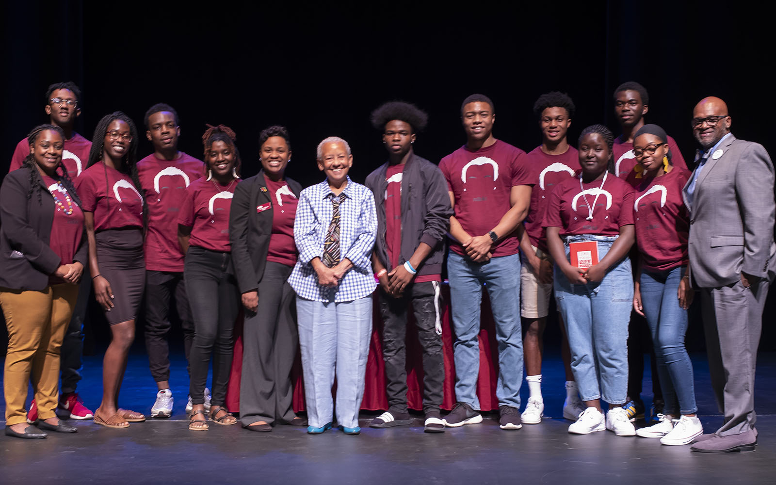 Nikki Giovanni with students and staff