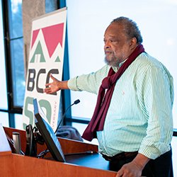 Don Mizell '71 speaks at podium
