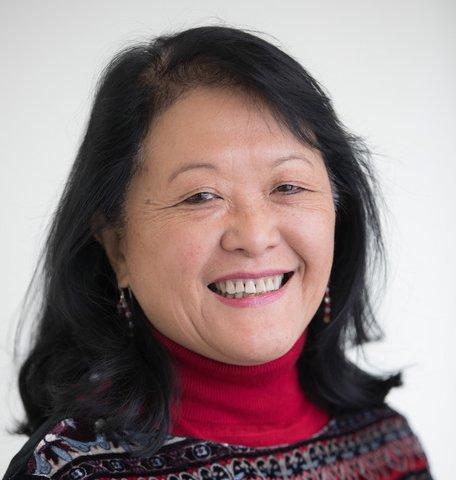 Isaac H. Clothier Jr. Professor of Biology Amy Cheng Vollmer