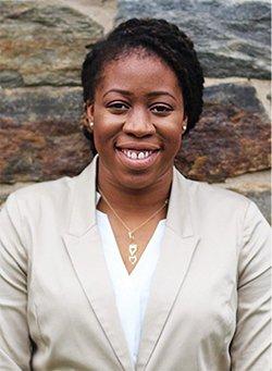Portrait of Nnenna Akotaobi