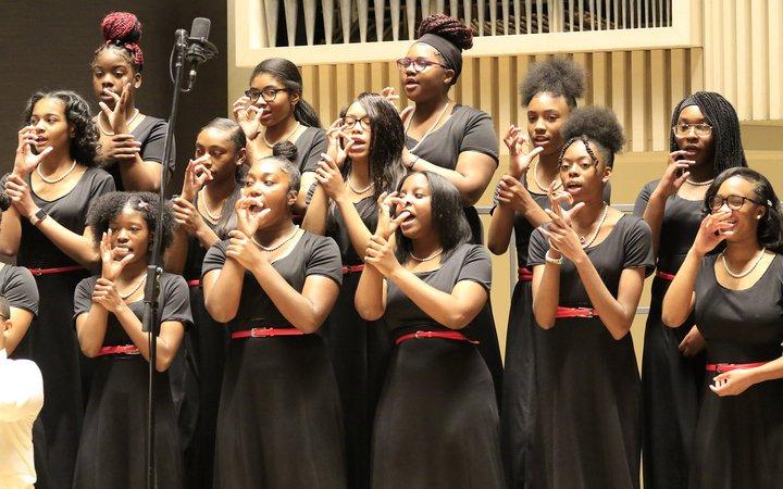 Chester Children's Chorus singing