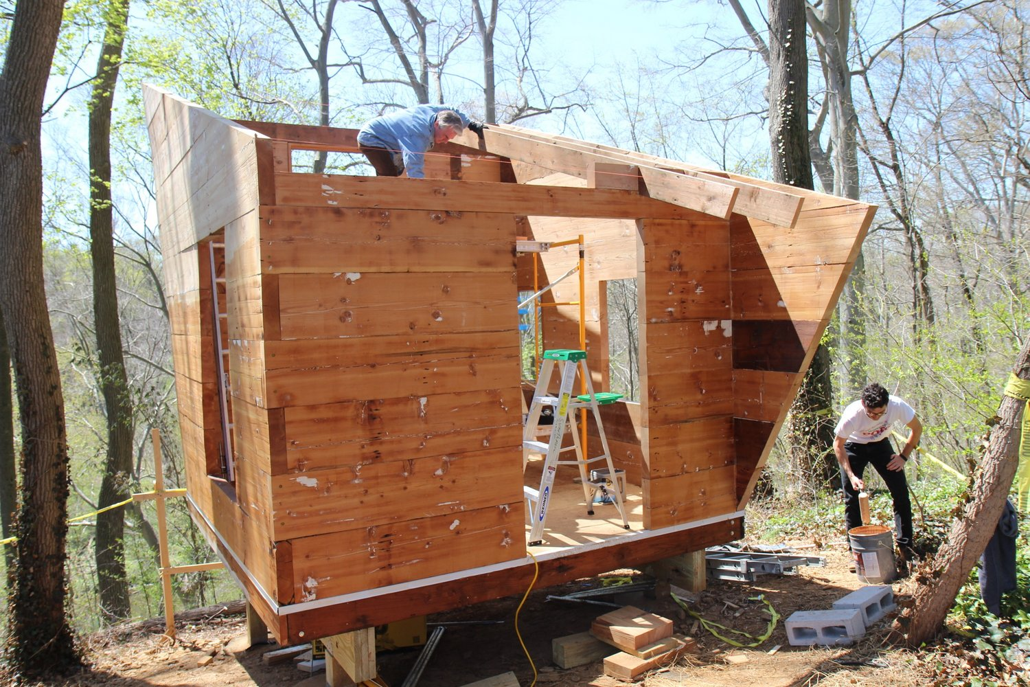 Professor Randall Exon and students assisting in the creation of the Jonathan Malloy '14 Oxbow structure.