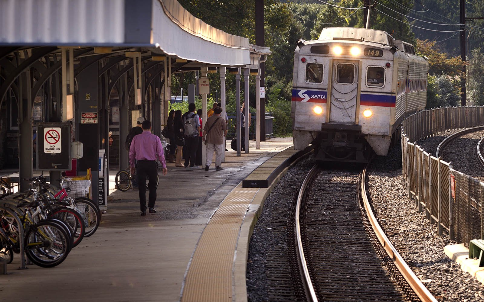 A SEPTA train rolls into the Swarthmore train station