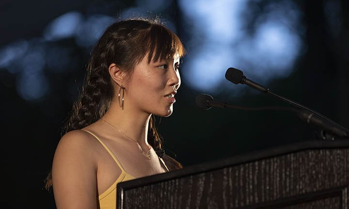 Casey Lu Simon-Plumb '18 speaks at Last Collection