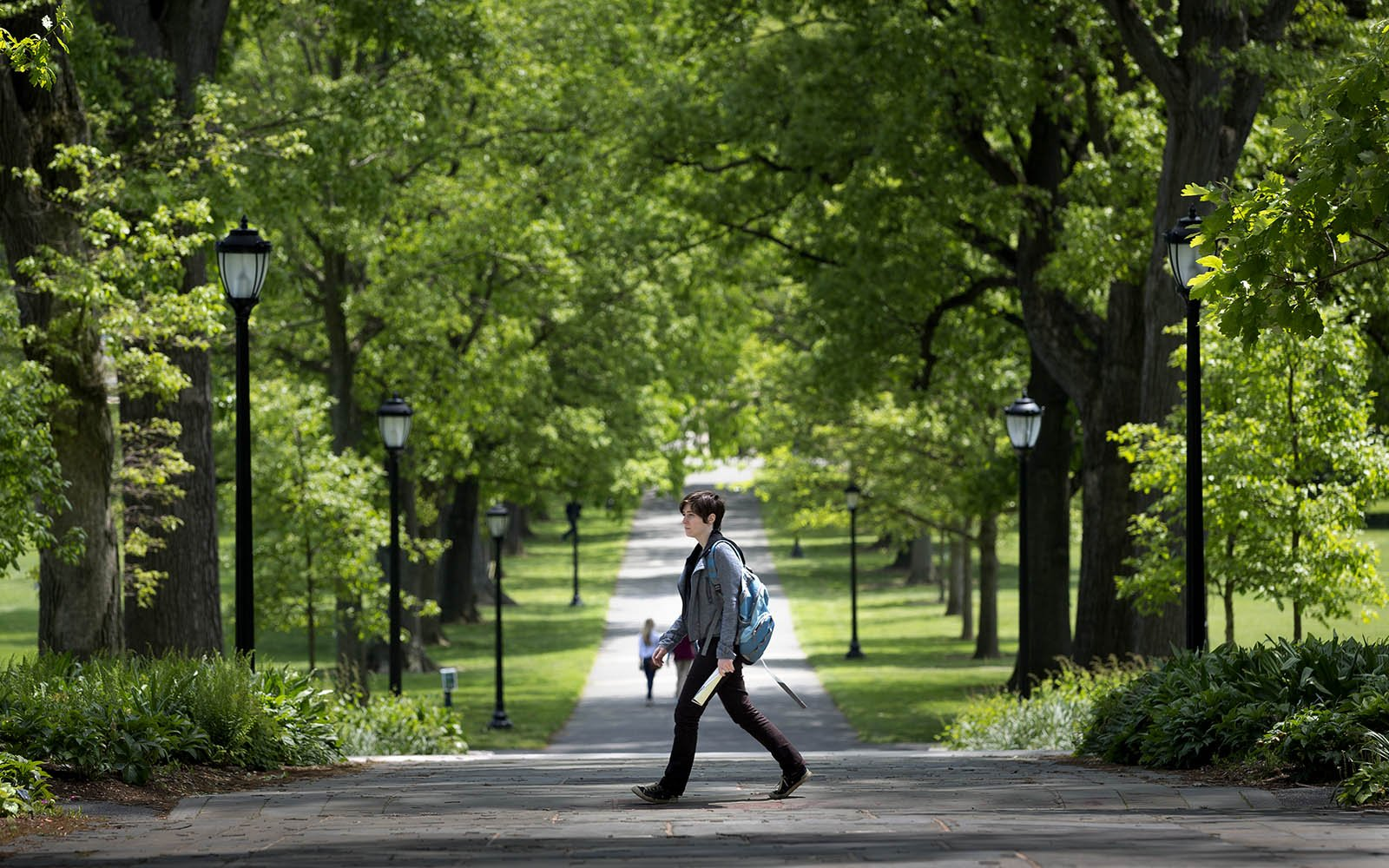 Student walks to the Swarthmore train station