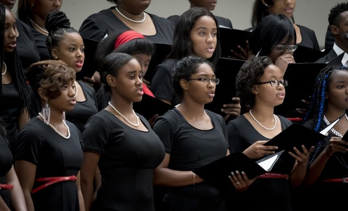 Students of the Chester Children's Chorus perform