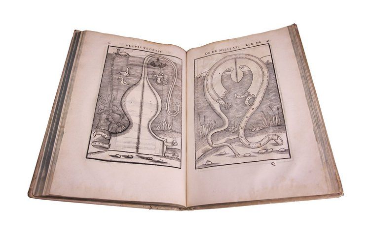photo of pages from De Re Militari, published in 1532