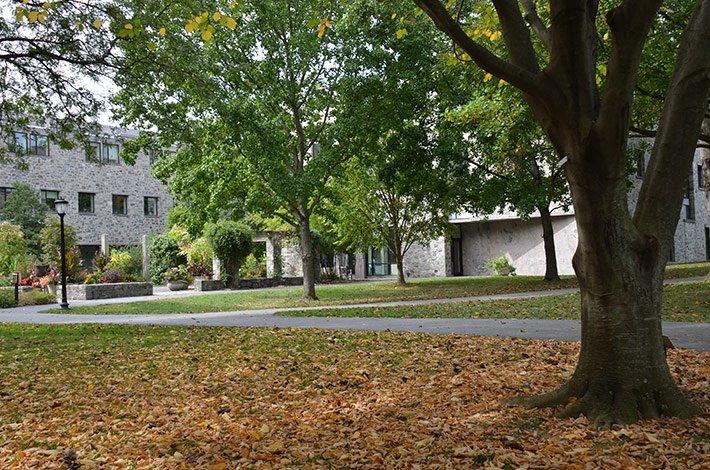 Kohlburg Hall