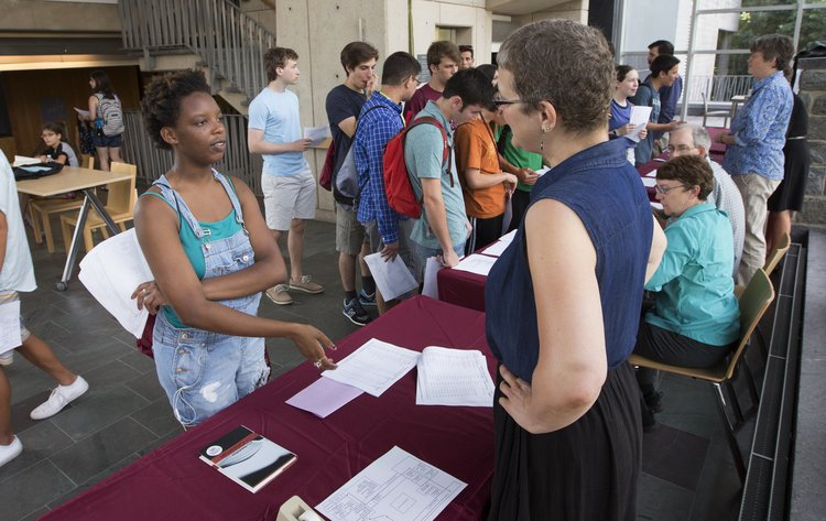 student and faculty and Advising Fair