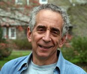 Psychology professor Barry Schwartz