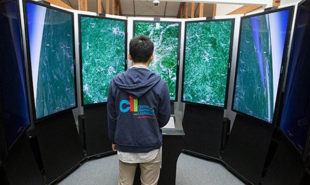 A student explores Google's mapping technology