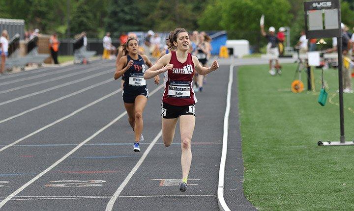 Katie Jo McMenamin '16 crosses the finish line