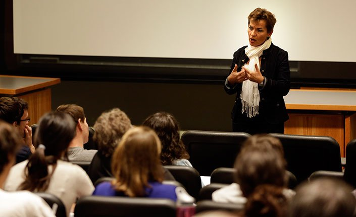 Christiana Figueres '79 speaks to students