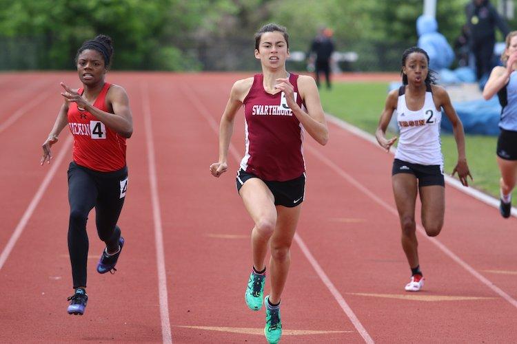 Kayla Camacho '19 running the 200-meter dash