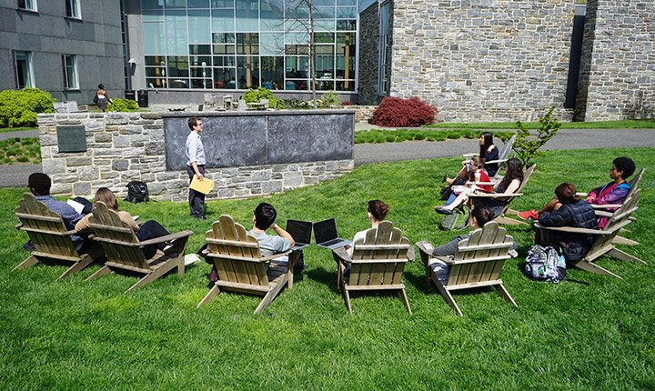 Students in an outdoor classroom at Swarthmore College