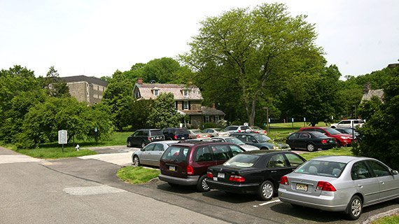 Benjamin West Visitor Parking and the Visitor Information Center