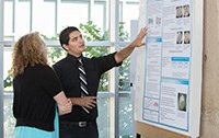 A Summer Scholar presents his research