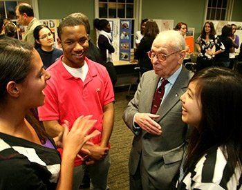 Eugene Lang '38 talks to students