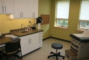 One of the newly-renovated exam rooms in the Worth Student Health Center.