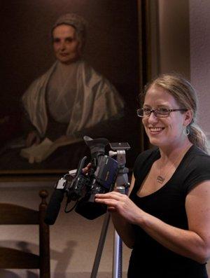 Jenny Breukelman and portrait of her ancestor Lucretia Mott