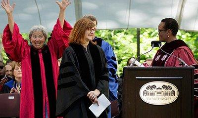 President Valerie Smith awards Carol Padden an honorary degree in 2016