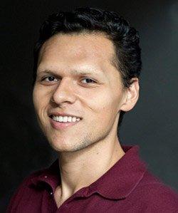 Uriel Medina Espino '16