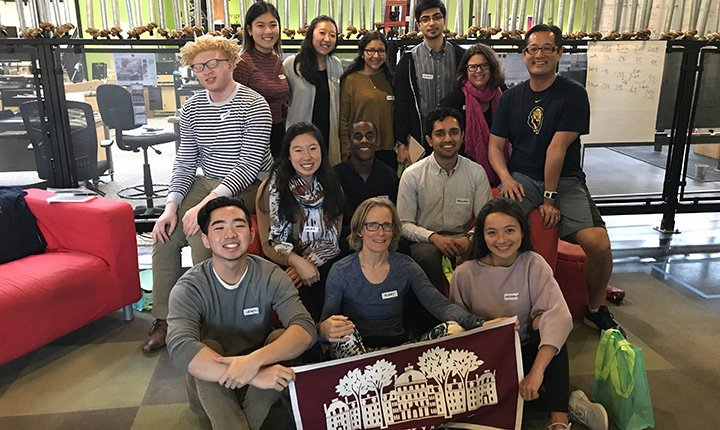 For the third consecutive year, the College's Center for Innovation and Leadership (CIL) sponsored a high-tech trek through San Francisco and Silicon Valley for students interested in technology, innovation, and entrepreneurship.