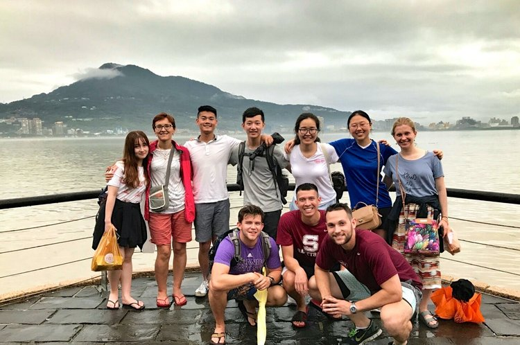 Chinese section study abroad group photo