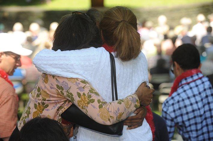 Alumni hug