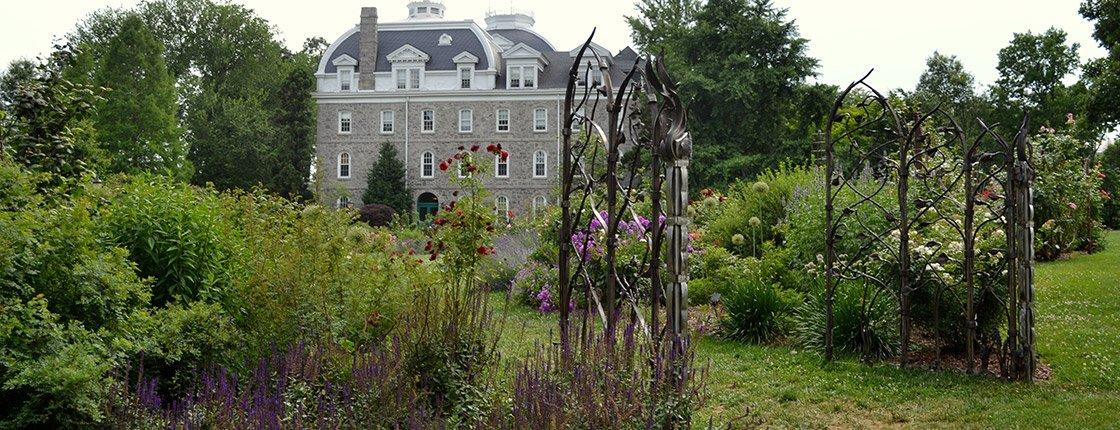 Dean Bond Memorial Rose Garden