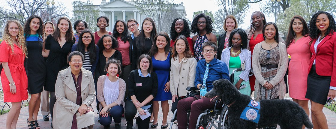 Students on a White House visit