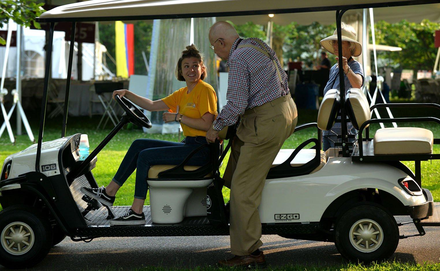 alumni golf cart