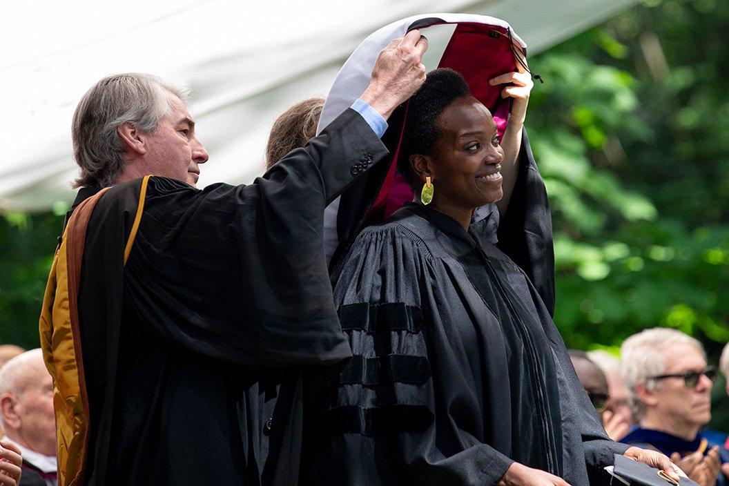 Njideka Akunyili Crosby '04 receives honorary degree