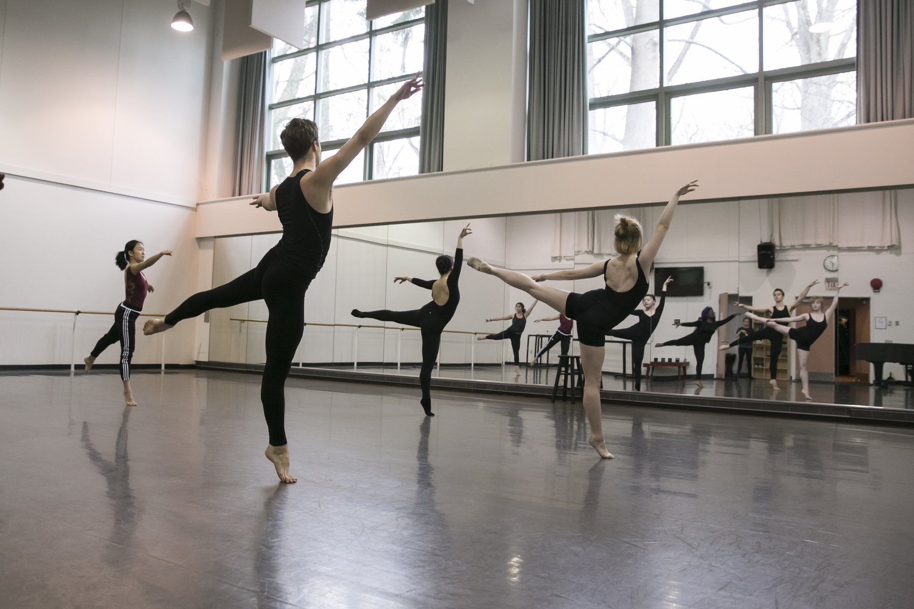 Students rehearse in the Boyer dance studio