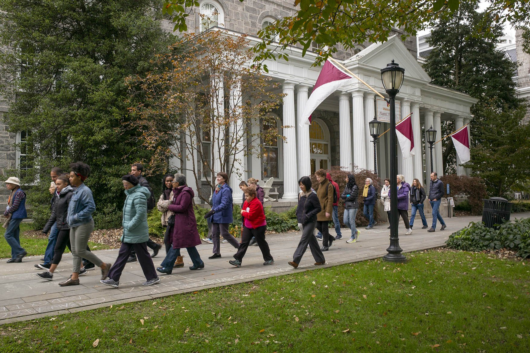 Alumni and Parents gathered outside Parrish Hall