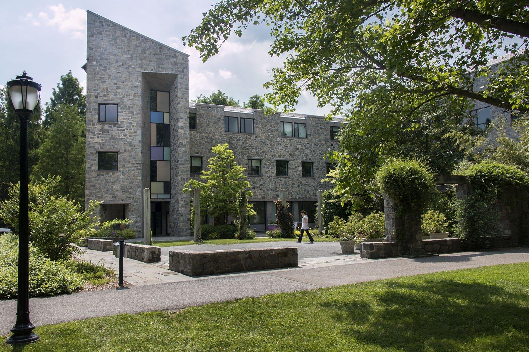 Kohlberg Hall