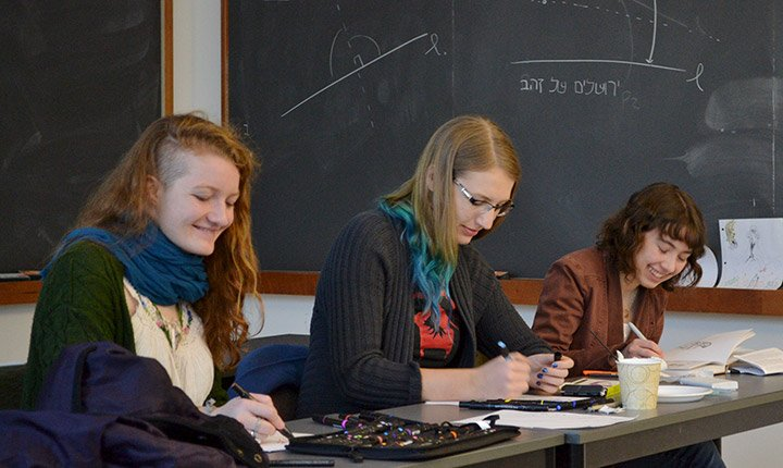 Kira Simpson '18, Emma Puranen '18, and Sarah Parks '19