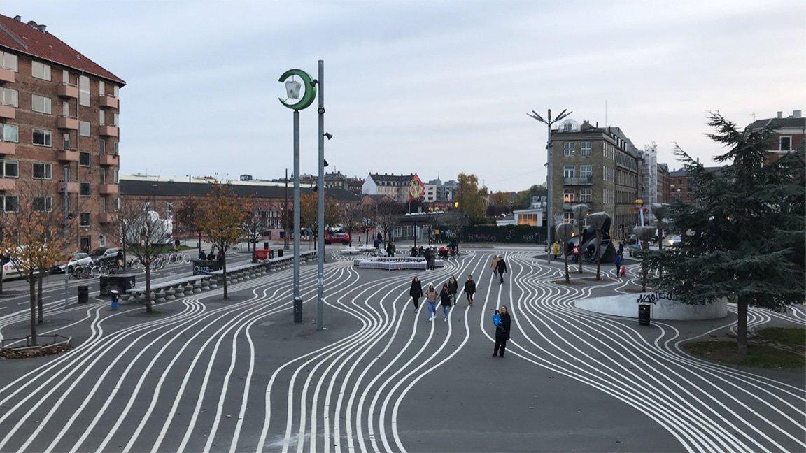 white lines on pavement in Copenhagen