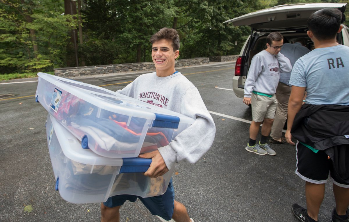 New student move-in day